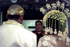 インドネシア 結婚式 おめでとう