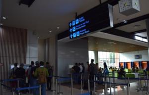 ジャカルタ空港鉄道 乗り方 スカルノハッタ空港 市内 ヤルネシアン
