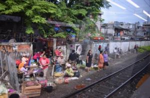 ジャカルタ空港鉄道 乗り方 インドネシア ヤルネシアン