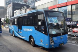 トランスジャカルタ バス インドネシア ヤルネシアン