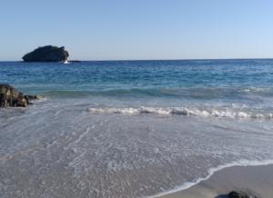 コカビーチ フローレス島 インドネシア ヤルネシアン